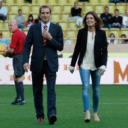 Andrea y Carlota Casiraghi en un partido benéfico en Mónaco