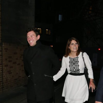 Eugenia de York y Jack Brooksbank disfrutan de la noche londinense