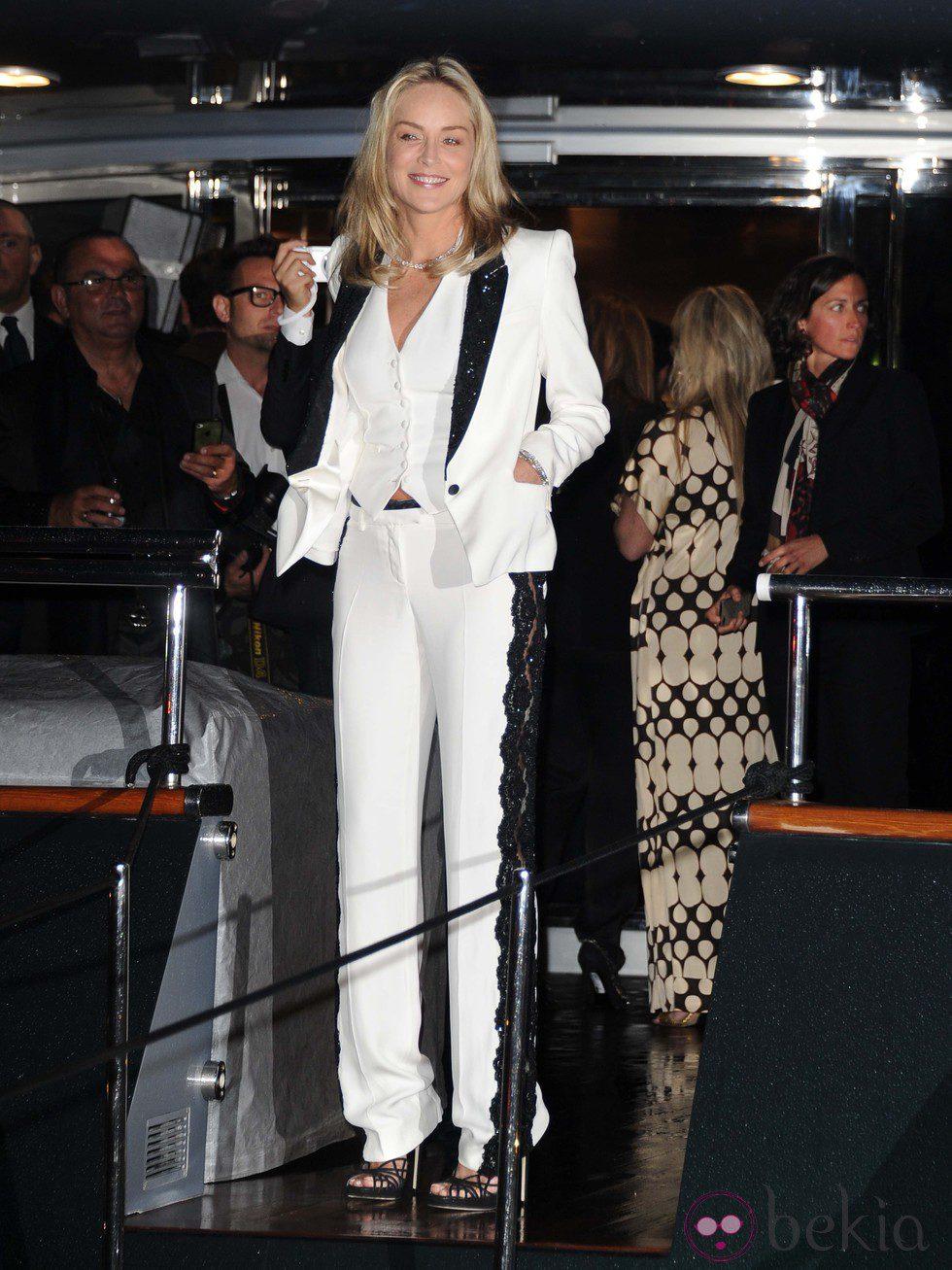 Sharon Stone en la fiesta en el yate de Roberto Cavalli en Cannes