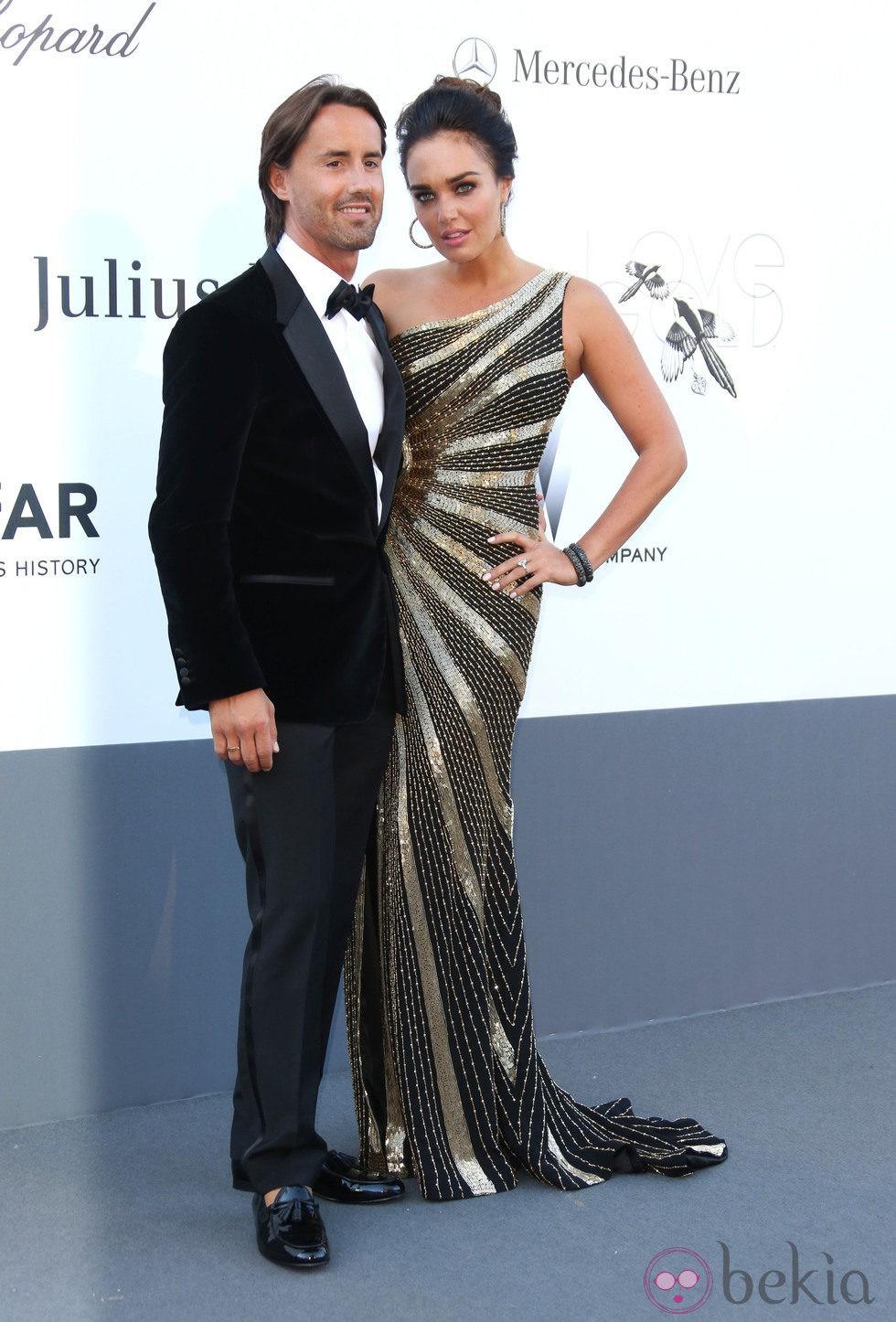 Tamara Ecclestone y Jay Rutland en la gala amfAR del Festival de Cannes 2013