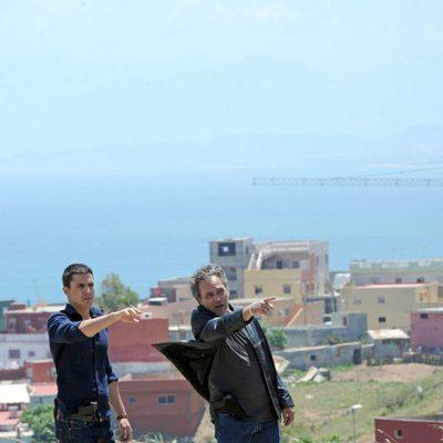 Álex González y José Coronado en la grabación de 'El Príncipe' en Ceuta