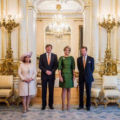 Los Grandes Duques de Luxemburgo reciben a los Reyes de Holanda