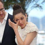 Marion Cotillard emocionada en la presentación de 'The immigrant' en Cannes 2013