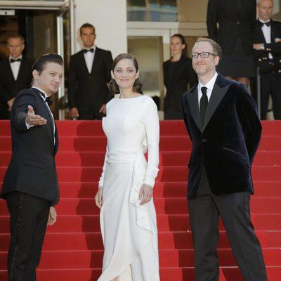 Jeremy Renner, Marion Cotillard y James Gray en la presentación de 'The immigrant' en Cannes 2013