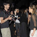 Ana Fernández se encuentra con Santiago Trancho en una fiesta en Madrid