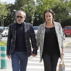Fernando Guillén Cuervo y Ana Milán en el tanatorio de Mario Biondo