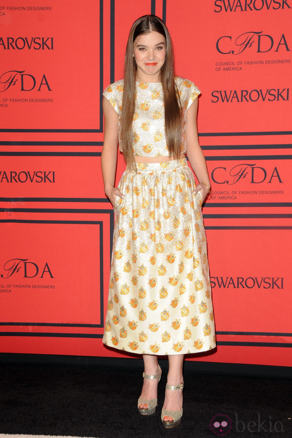 Hailee Steinfeld en los Premios CFDA 2013