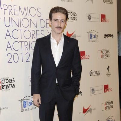 Victor Clavijo en la alfombra roja de los Premios Unión de Actores 2012