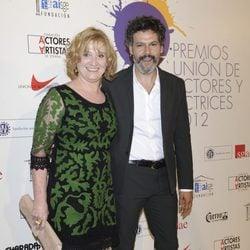 Ana Wagener y Roberto Enríquez en la alfombra roja de los Premios Unión de Actores 2012