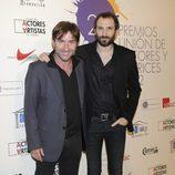 Antonio de la Torre y Juan Villagran en la alfombra roja de los Premios Unión de Actores 2012