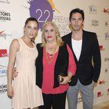 Paco León, María León y Carmina Barrios en la alfombra roja de los Premios Unión de Actores 2012