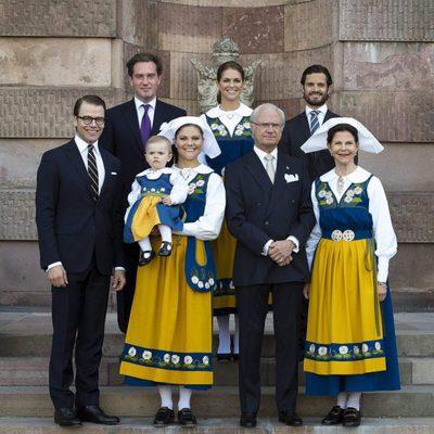 La Familia Real Sueca en el Día Nacional de Suecia 2013