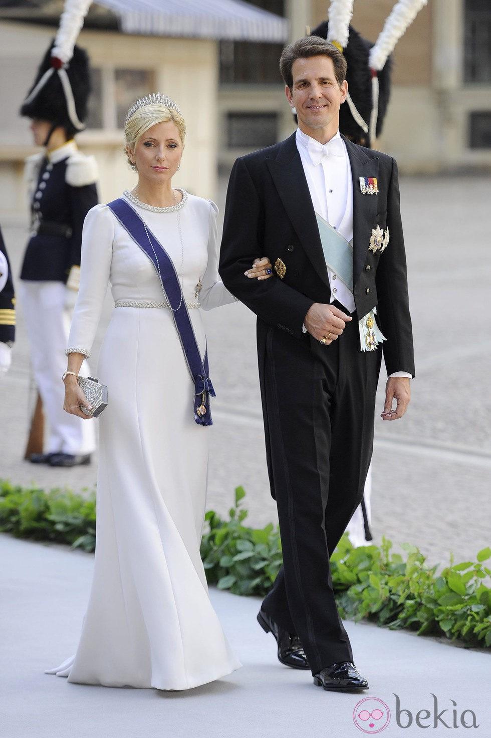 Los Príncipes Pablo y Marie Chantal de Grecia llegando la boda de Magdalena de Suecia y Chris O'Neill