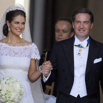 La Princesa Magdalena de Suecia y Chris O'Neill cogidos de la mano tras su boda