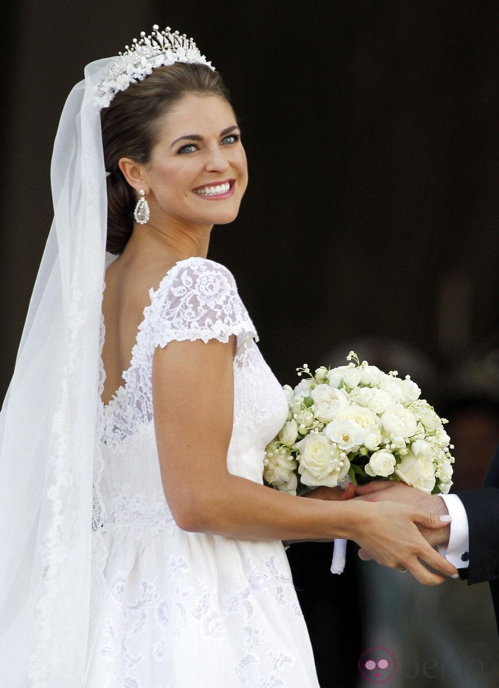 La Princesa Magdalena de Suecia muy feliz el día de su boda con Chris O'Neill
