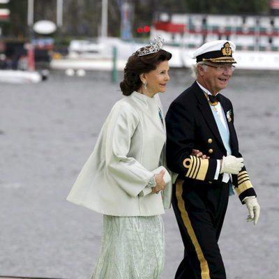 Los Reyes Carlos Gustavo y Silvia en la boda de Magdalena de Suecia y Chris O'Neill