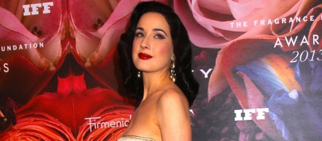 Dita Von Teese en la Fragrance Foundation Awards 2013