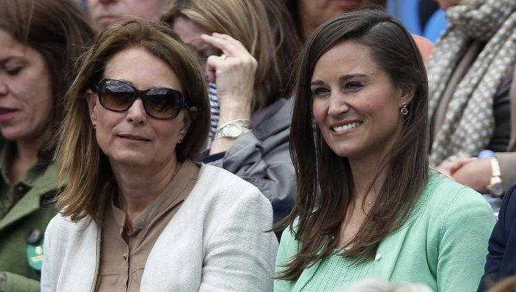 Carole y Pippa Middleton en un torneo de tenis en Londres
