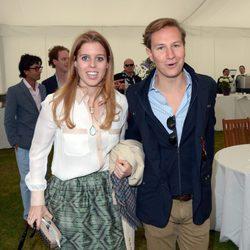 Beatriz de York y Dave Clark en la Copa de la Reina de Polo