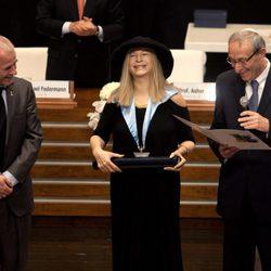 Barbra Streisand recibe el Doctorado Honoris Causa en Israel