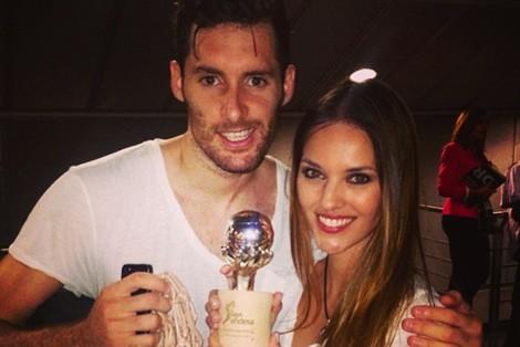 Helen Lindes y Rudy Fernández celebran la victoria del Real Madrid en la Liga ACB 2013