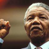 Nelson Mandela en un discurso en Sudáfrica