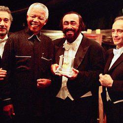 Nelson Mandela en un concierto de Los Tres Tenores en Pretoria