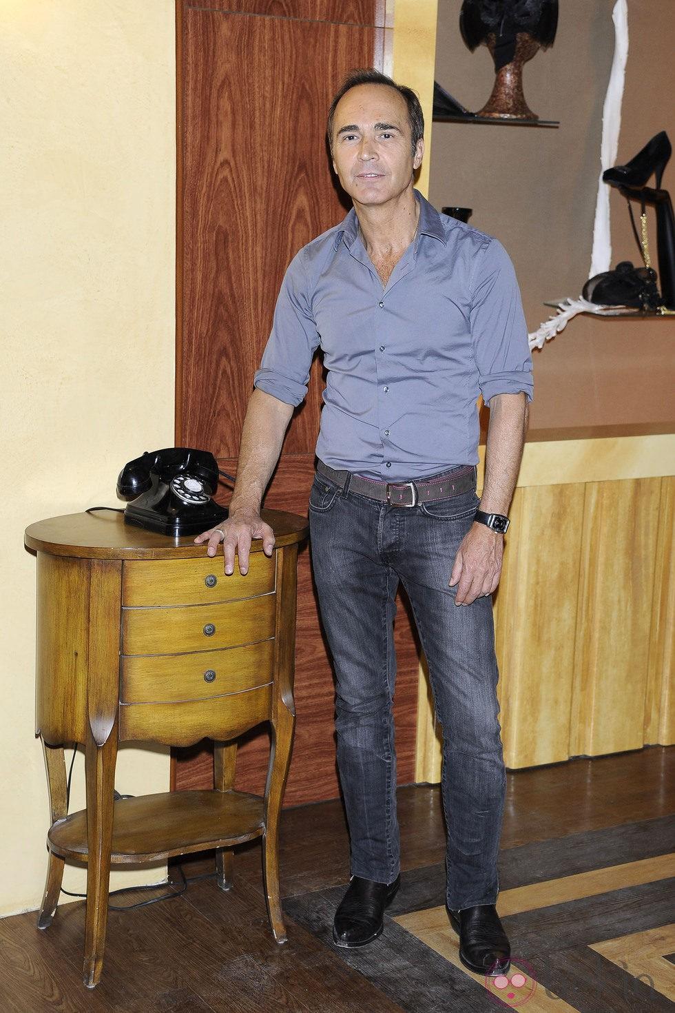 Juan Ribó en la presentación de 'Galerías Velvet'