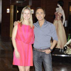 Manuela Vellés y Juan Ribó en la presentación de 'Galerías Velvet'