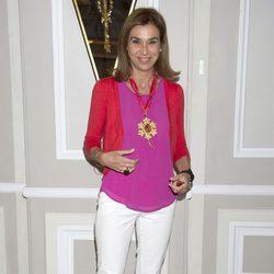Carmen Posadas en la presentación de la novela 'Luisa y los espejos'