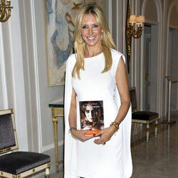 Marta Robles en la presentación de su novela 'Luisa y los espejos'