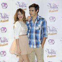 Martina Stoessel y Jorge Blanco durante la presentación de la serie 'Violetta' en Madrid