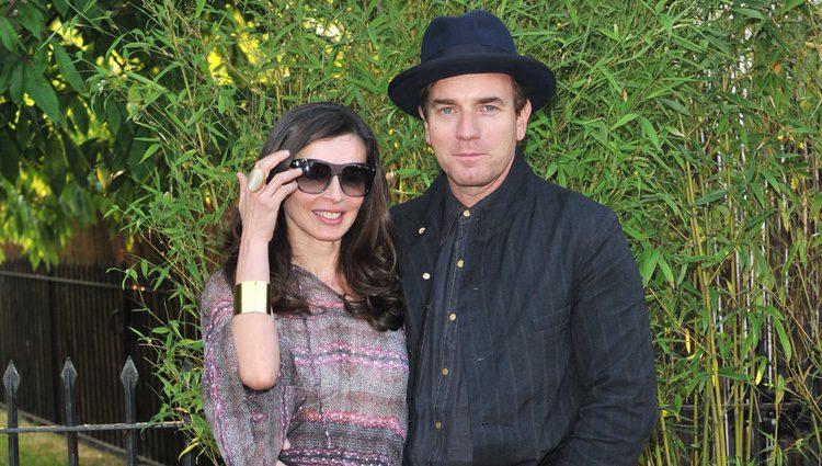 Ewan McGregor y Mary Elizabeth Winstead, romántico paseo en Los ...