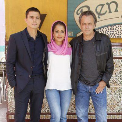 Álex González, Hiba Abouk y José Coronado en la presentación de la serie 'El Príncipe' en Madrid