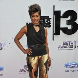 Angela Bassett en los BET Awards 2013