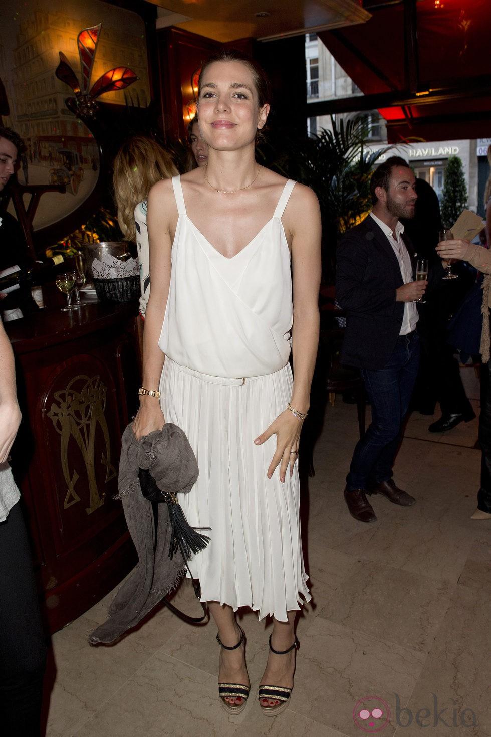 Carlota Casiraghi acude a una fiesta en París entre rumores de embarazo
