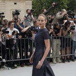 Leelee Sobieski en la presentación de la colección de alta costura de Dior en París