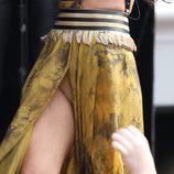 Selena Gomez deja al descubierto sus partes íntimas