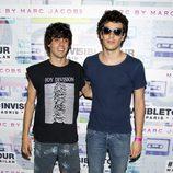 Javier Calvo y Javier Ambrossi en una fiesta para presentar la nueva colección de Marc By Marc Jacobs