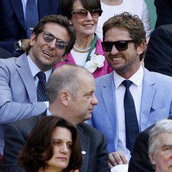 Gerard Butler y Bradley Cooper en la final de Wimbledon 2013