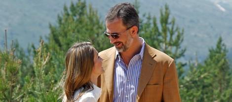 Los Príncipes Felipe y Letizia, cómplices durante su visita al Parque Nacional de la Sierra de Guadarrama