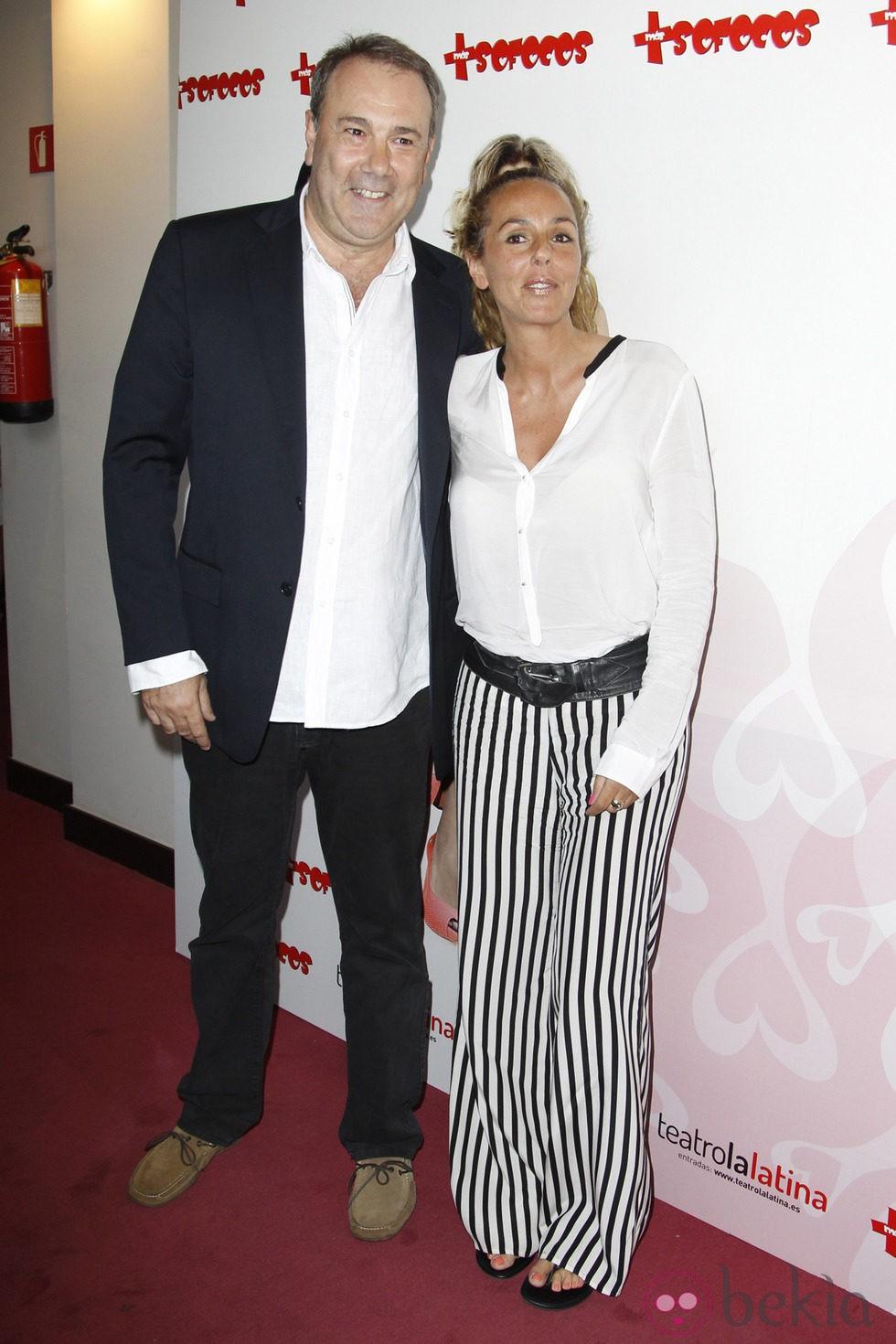 Rocío Carrasco acompañada en la presentación de la obra de teatro 'Más sofocos' en Madrid