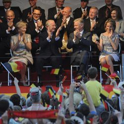 Los reyes de los Belgas y sus sucesores en el National Ball de Bruselas