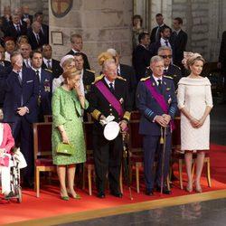 Los reyes de Bélgica y los príncipes herederos durante el acto de investidura