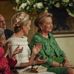 La Reina Paola y la Princesa Matilde de Bélgica durante la ceremonia de abdicación del trono belga