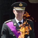 El Rey Felipe de Bélgica revive la llama de la Tumba del Soldado Desconocido