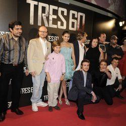 Reparto de 'Tres 60' en el estreno de la película en madrid