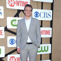 Jason Segel en la fiesta veraniega de CBS, Showtime y The CW 2013