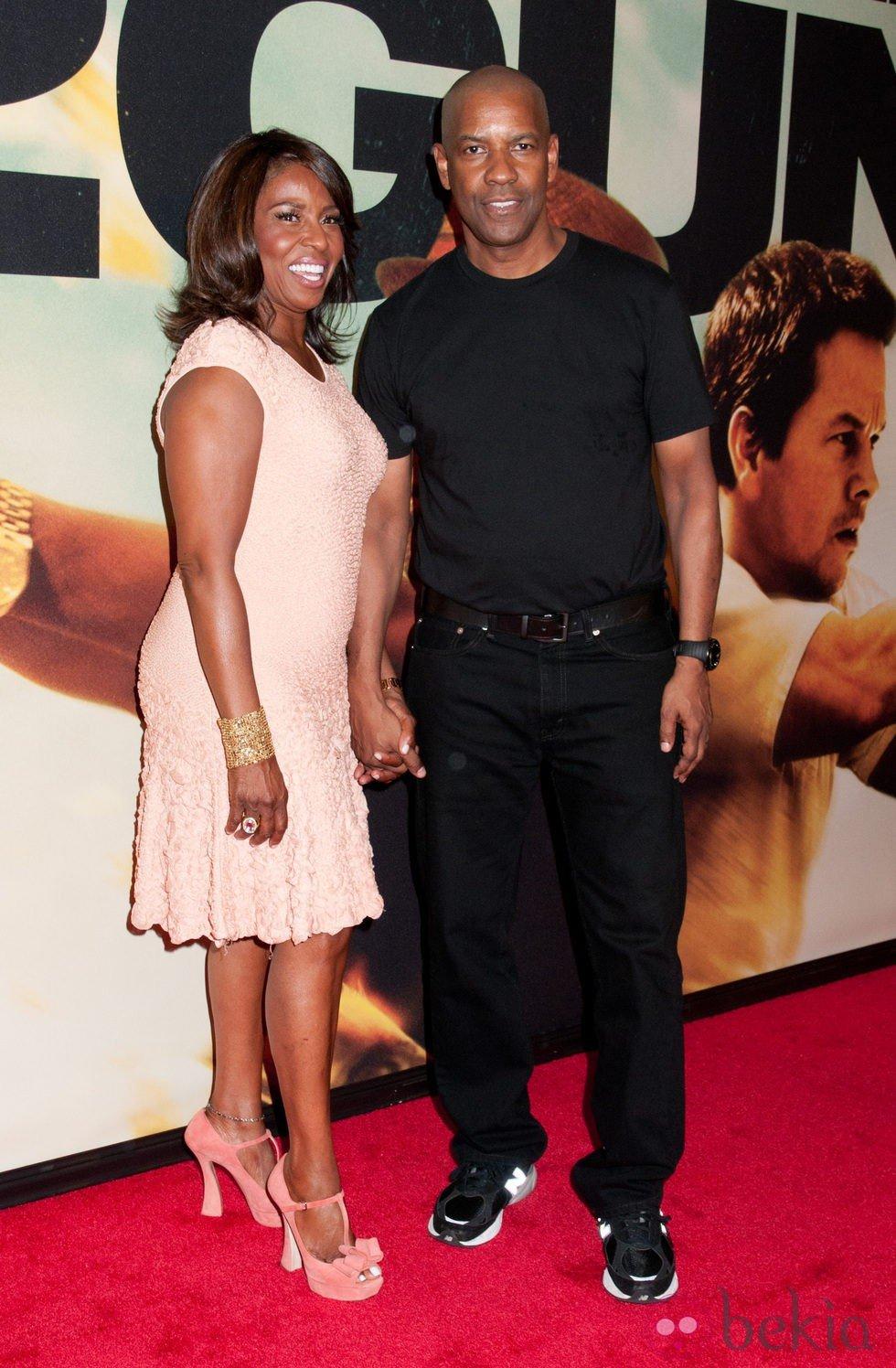 Denzel Washington y su esposa en la premiere de '2 Guns' en Nueva York