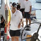 El Príncipe Felipe a bordo del Aifos en la Copa del Rey de Vela de Mallorca